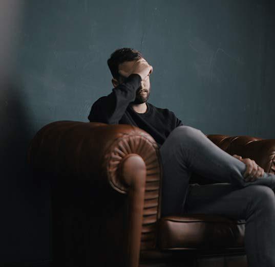 Mann mit Tinnitus